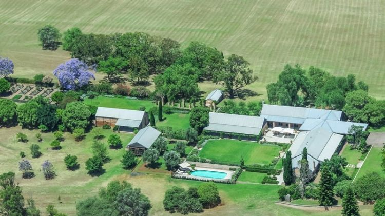 Miranda Kerr's Favourite Hunter Valley Trophy Estate Loggerheads Sold for $6 Million