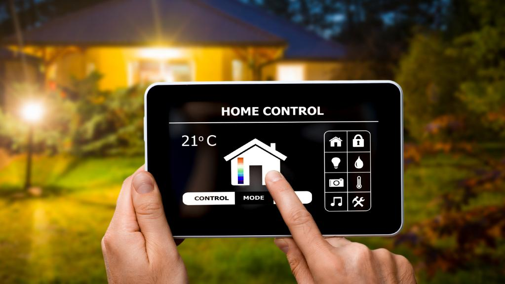 Future housing estates: Home automation and smartphone controlled home features